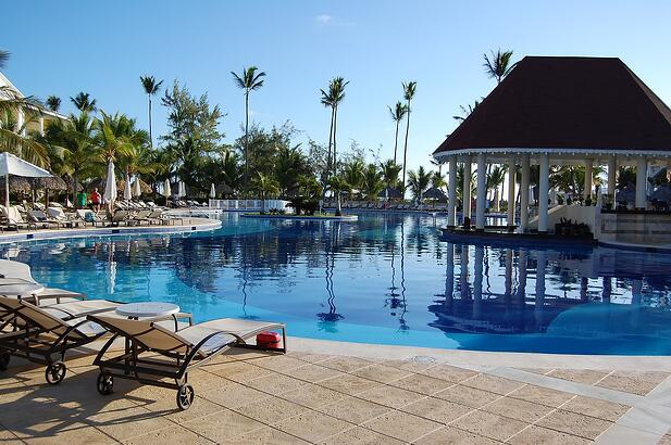 Tropical-Vacation-Travel-Resort-1591106.jpg